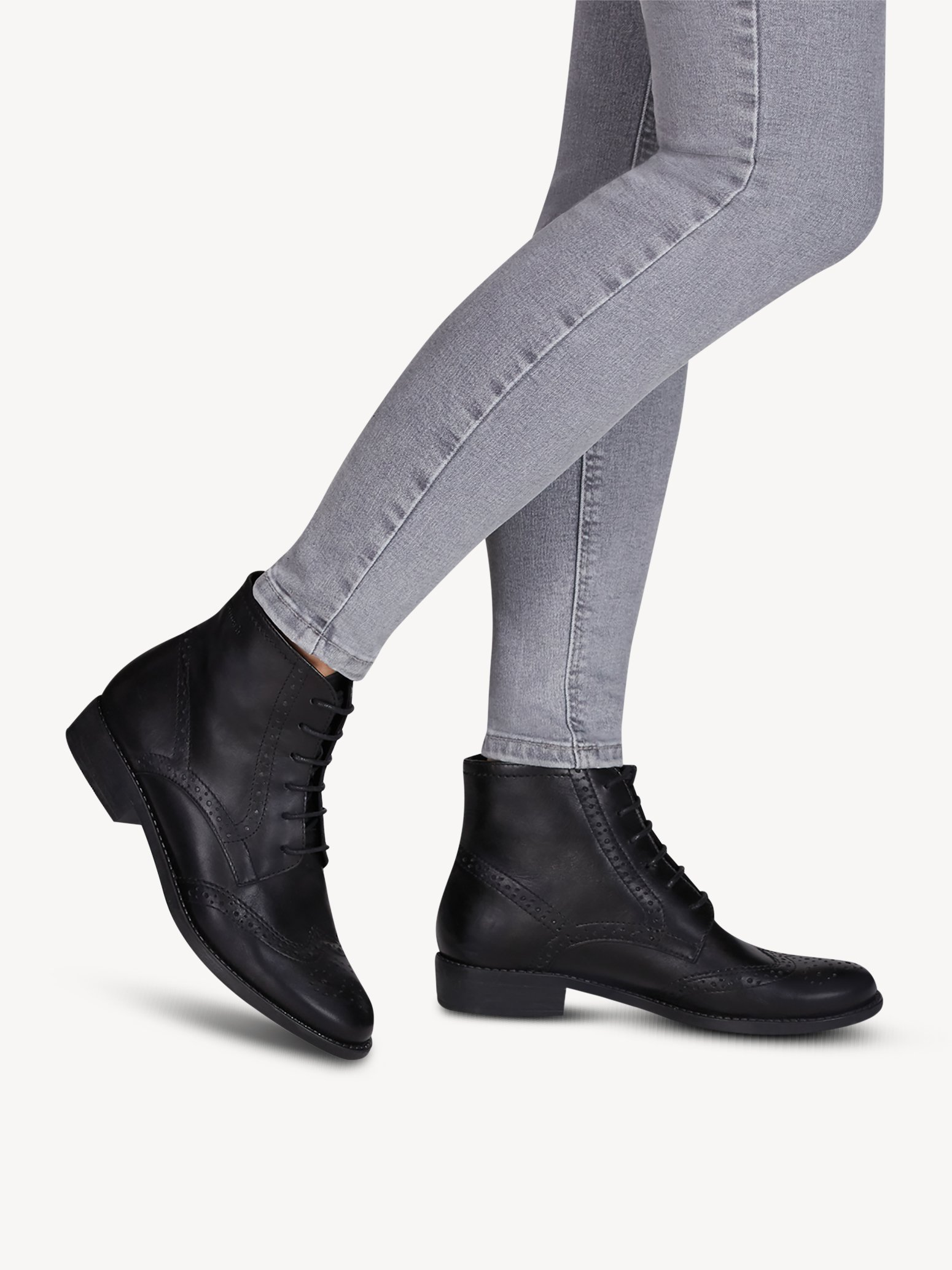 Ботинки Tamaris 1-1-25126-25-001